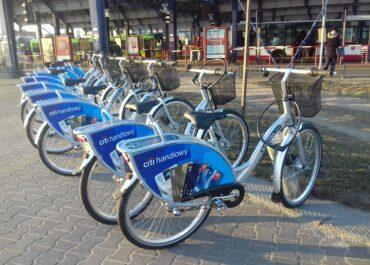 Rowery miejskie wracają do stałej lokalizacji na Rondzie Rataje