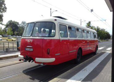 Linie turystyczne nie wyjadą na ulice w majówkę. Sezon rozpocznie się później
