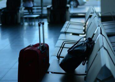 Miał w bagażu naboje, ale nie potrafił wyjaśnić skąd. Prokuratura prowadzi śledztwo