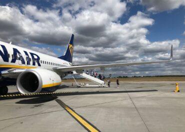 Ryanair zapowiada ponad 50 lotów tygodniowo z poznańskiego lotniska w letnim rozkładzie lotów