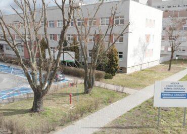 Ile jest wolnych łóżek i respiratorów dla pacjentów covidowych w Wielkopolsce?