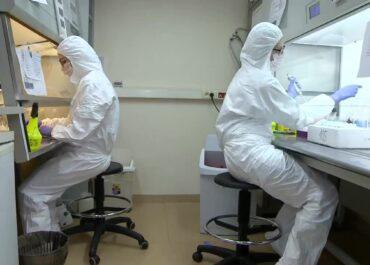 Liczba odnotowanych nowych zakażeń koronawirusem w Wielkopolsce spadła poniżej tysiąca