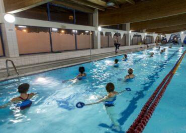 Aktywny Dzień Kobiet na pływalniach POSiR