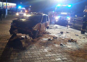 Poważny wypadek w Komornikach. Cztery osoby zostały ranne