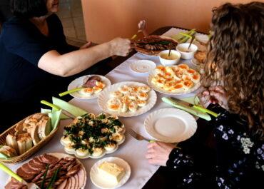 """Tradycyjne potrawy wielkanocne to prawdziwa """"bomba białkowa"""""""
