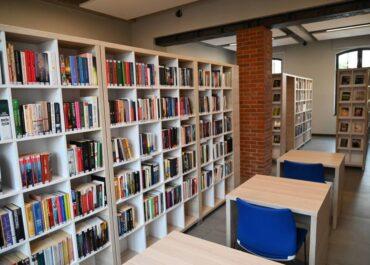 Światowy Dzień Książki – co najchętniej czytają Polacy?