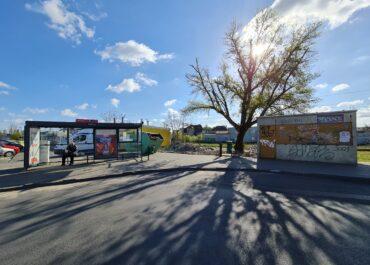 Na pętli autobusowej na Dębcu rozbierają kolejne budynki. Co stanie w ich miejscu?