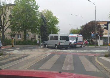 Wypadek na skrzyżowaniu ul. Bukowskiej i Szamotulskiej – duże utrudnienia w ruchu (Aktualizacja)