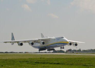 Duży hałas na Świerczewie, co to był za samolot?