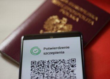 Od dziś można pobierać Unijne Certyfikaty COVID, czyli tzw. paszporty covidowe