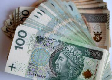Co trzeci pracodawca chce płacić pracownikom z Ukrainy więcej niż Polakom