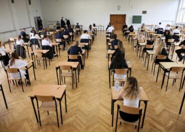 Jest śledztwo w sprawie ujawnienia tematów wypracowań maturalnych. Będzie powtórka egzaminu?