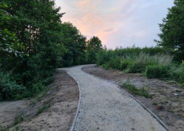 Na Szachtach powstaje ścieżka pieszo-rowerowa. Jak wygląda postęp prac?