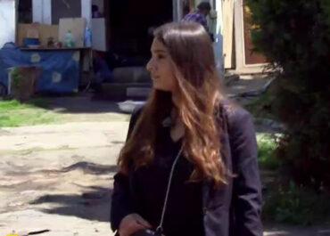 Od ponad 20 lat jest bezpaństwowcem. Jej rodzina odnalazła się na terenie koczowiska Romów w Poznaniu