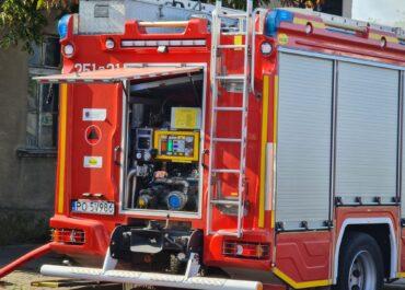 2,5-letnie dziecko wypadło z okna budynku przy ul. Gwarnej