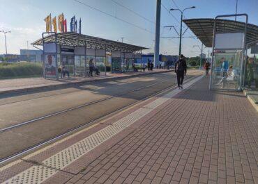 Wygodnie i szybko tylko w teorii? Jak dojechać tramwajem z Franowa i ratajskich osiedli do centrum miasta?