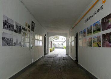 Sąsiedzi z Fyrtla Garbary. Wystawa fotografii w Galerii w Bramie