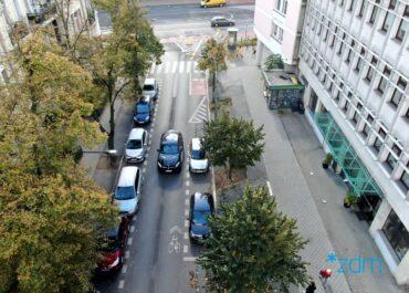 Więcej zieleni na kolejnych ulicach Poznania. Poprawi się mikroklimat w okolicy